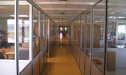 Pvc durvis ar stiklu ofisam