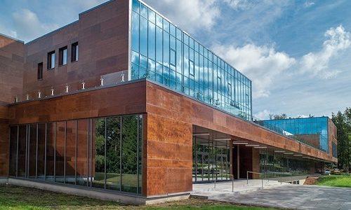 Ēku stikla konstrukciju izstrāde, tirdzniecība, montāža